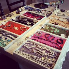 #premierdesigns table display - great colored trays Premier Designs Jewelry Collection ShawnaWatson.MyPremierDesigns.com access code: bling