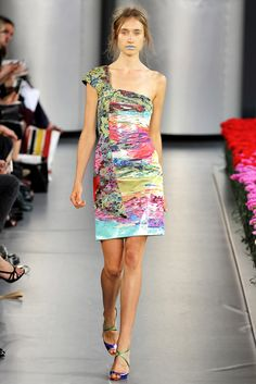 Mary Katrantzou Spring 2012 Ready-to-Wear Fashion Show - Karin Hansson
