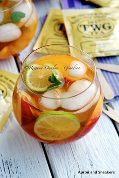 Apron and Sneakers - Cooking & Traveling in Italy and Beyond: Iced Sencha Tea With Peaches & Lime
