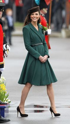 crushing on this emerald coat dress.