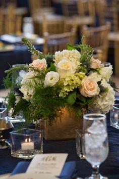 Simple Elegance: Real Weddings: Annie + Mike courtesy of #AdrienneMaplesPhotography #BecoFlowers #receptiondecor #simpleelegance @iplanyourwed #kansascity #weddingplanner www.iplanyourwedding.com