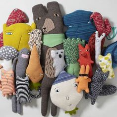 Looking for colourful, quirky creatures and handmade designs for a kids' room? Look no further than textiles designer Donna Wilson. Softies, Plushies, Kids Crafts, Arts And Crafts, Do It Yourself Baby, Deco Kids, Fabric Toys, Blog Deco, Soft Sculpture