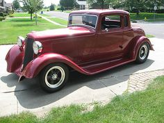 Dodge : Other 2 door Coupe 1933 Dodge Coupe Street - http://www.legendaryfinds.com/dodge-other-2-door-coupe-1933-dodge-coupe-street/