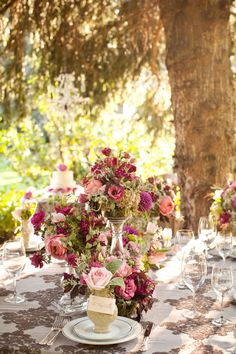 Romantic Berry Colored Wedding Florals | photography by http://genevieveleiper.com