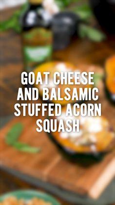 Thanksgiving Recipes, Fall Recipes, Thanksgiving Sides, Holiday Recipes, Acorn Squash Recipes, Spaghetti Squash Recipes, Stuffed Squash, Comida Keto, Vegetarian Options