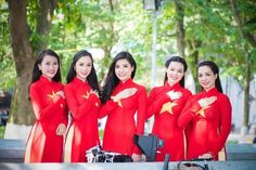 The traditional dress of Vietnamese women is Ao dai - http://www.vietnam-evisa.org/