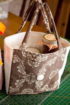 End of the year teacher gift - insulated lunch bag
