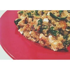 Fresh and healthy!  Spinach, Goat Cheese, and Chicken Quinoa Recipe