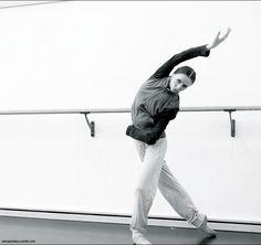 Steps and Pirouettes Svetlana Zakharova, Bolshoi Ballet, Dance Pictures, Moscow, Athletes, Normcore, God, Style, Fashion