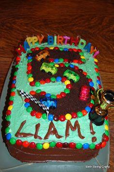 Birthday: The Racecar Party Hot Wheels Birthday, Race Car Birthday, Race Car Party, Mickey Birthday, Cars Birthday Parties, Birthday Sheet Cakes, Birthday Cake Girls, Birthday Fun, Birthday Ideas