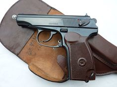 Sala de Armas: Pistolas Loading that magazine is a pain! Excellent loader available for your handgun Get your Magazine speedloader today! http://www.amazon.com/shops/raeind