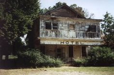 U.S.: Oklahoma: Oklahoma's Small Towns picture 7  North a bit: an abandoned hotel in Comanche, population 1,600. The town is southeast of Lawton on U.S. 81, once a major interstate arterial.