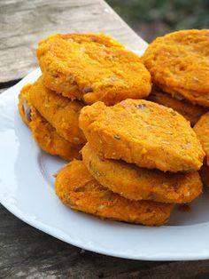 """Ízőrző: Sütőtökös """"fasírt""""/burger (gluténmentes, vegán) Vegetable Recipes, Vegetarian Recipes, Healthy Recipes, Winter Food, Sweet Potato, Cake Recipes, Paleo, Food And Drink, Gluten Free"""