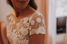 Embroidered floral wedding dress by Hermione de Paula- his Bridal Designer Is Setting a New Trend for Hidden Messages and Symbols in Her Gowns#weddinggown #bride #bridal #weddingstyle #weddingflowers #weddinginspiration  #weddingflowerinspiration #weddingflowers #whitegown #floralpatterns #flowerygown #bespoke #bespokeweddinggown #hermionedepaula #floralgowns #bridalcollection #HdePbridal #collection #handmade #luxurybridal   #couture #couturefashion #highestquality #bridalembroidery #floral