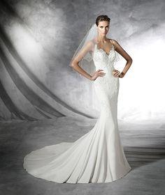 Plisa, robe de mariée en dentelle et silhouette sirène
