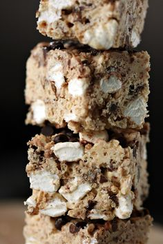 Avalanche Bars - rice krispie treats on steroids.