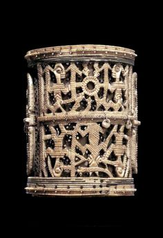 Nigeria   Armlet from the Yoruba -Ijebu people   Ivory; intricately carved from a single piece   ca.  19th - 20th century   Est. 125'000 - 175'000$ ~ (May '02)
