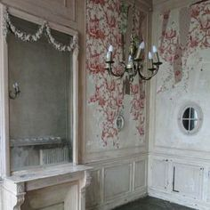 pretty wallpaper remnants and lovely architectural detail...