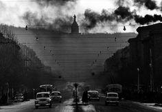 Robert Lebeck - The Stalin monument, Erevan, 1962.