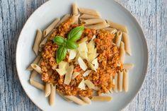 Vegetarisk bolognese med røde linser - vegetarisk kødsovs - Life By Nan