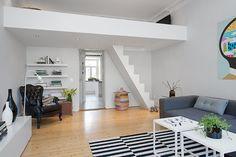 Jurnal de design interior Garsonieră de 50 m² cu dormitor suspendat
