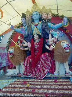 💐🌷Jai Mata Di🌷💐 Durga Images, Lord Krishna Images, Durga Ji, Durga Goddess, Durga Puja Kolkata, Lord Krishna Hd Wallpaper, Maa Durga Image, Kali Hindu, Shiva Shankar