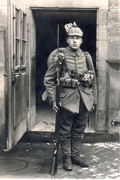 WWI: Young infantryman ready to depart for the front (w. Landwehr-Infanterie-Regiment Nr. 121 by drakegoodman, via Flickr).