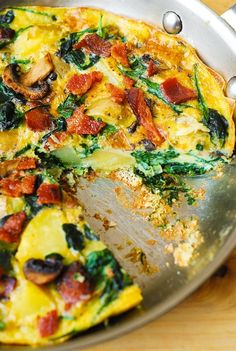 how to make healthy breakfast, breakfast with eggs, bacon, spinach