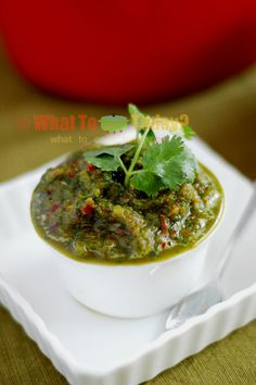 Jaew Bong is a popular dip from Laos that I made to accompany Luang Prabang pork stew with bitter greens. This recipe I got from Hot, Sour, Salty, Sweet cookboo Asian Appetizers, Bitter Greens, Sauces, Cambodian Food, Laos Food, Pork Stew, Asian Recipes, Asian Foods, Laos Recipes