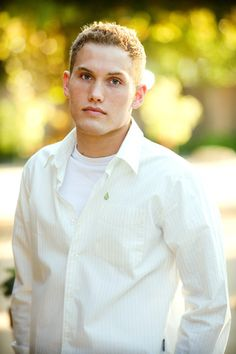 Cool Senior Pictures For Guys | Guy Senior Pictures