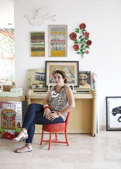 Portraits, Desk, Furniture, Home Decor, Desktop, Decoration Home, Room Decor, Head Shots, Table Desk