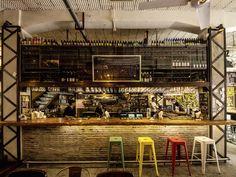 Display #Shanghai: Cafe des Stagiaires