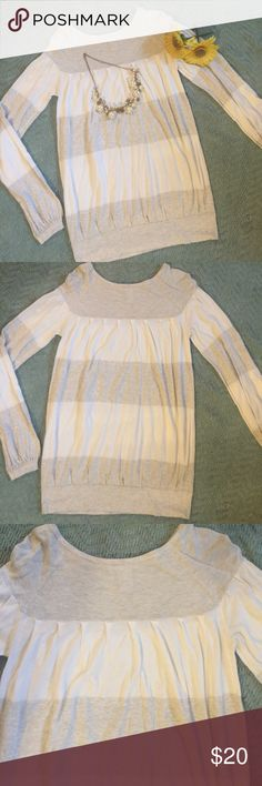 """Grey & White Soft Sweater by Design History Soft grey and white oversized sweater By Design History .  Subtle accordion pleats , banded waist and sleeves .  Pristine condition .  All measurements taken flat .  Size Large measures shoulder to hem 28"""", armpit to armpit 17"""", sleeve 25"""".  Bundle 2+ and Save 20% Design History Sweaters Crew & Scoop Necks"""