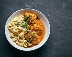 Spicy Honey Chicken, Butter Chicken, Paleo Recipes, Cooking Recipes, Cooking Ideas, Chicken Paprikash, Sbs Food, Pasta Dinners, How To Cook Chicken