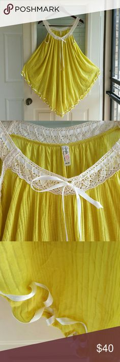 New free people gauzy top Lace and ribbon trim Free People Tops Tunics
