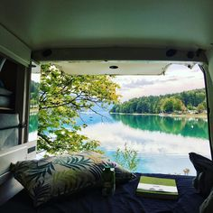 #stepoutandstart #traveltips #reisetipps #travel #germany #walchensee #emma Stepping Out, Photo Story, Backpacking, Travel Tips, Germany, Journey, Van, Adventure, Nature