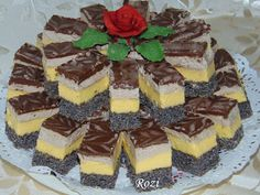 Prăjitură Orhideea, un dulce unic si special Poppy Cake, Cake Recipes, Dessert Recipes, Kolaci I Torte, Romanian Food, Hungarian Recipes, Cake Flavors, Food Cakes, Diabetic Recipes