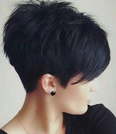 pixie hairstyles 2015 Textured pixie cut with full fringe and ragged tips on straight black . Popular Short Hairstyles, Short Pixie Haircuts, 2015 Hairstyles, Cool Hairstyles, Popular Haircuts, Sassy Haircuts, Black Hairstyles, Hairstyle Ideas, Short Stacked Hairstyles