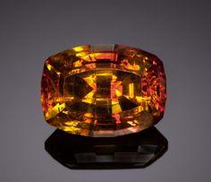 Gemstone: Sphalerite - 12.198 Ct.. Santander, Spain