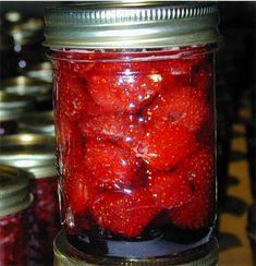 Accueil >> Stérilisation à l'eau bouillante >> Confitures La confiture de fraises à l'ancienne En fait c'est la plus meilleure confitu...