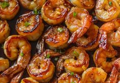 Easy Honey Garlic Shrimp made in one skillet with just five ingredients in just 10 minutes, this dish will replace your favorite Chinese takeout restaurant! The post Easy Honey Garlic Shrimp appeared Best Shrimp Recipes, Fish Recipes, Seafood Recipes, Recipies, Honey Shrimp, Honey Garlic Chicken, Garlic Shrimp, Pesto Shrimp, Shrimp Tempura