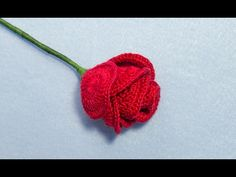 Roses are one of my favorite flowers ever. I love makingrose crochet flower, because they always look beautiful anywhere you use them.