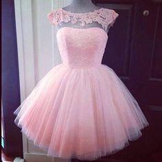 """409 Likes, 26 Comments - Debutantes15 - Alline Luise (@debutantes15_) on Instagram: """"Para finalizar as postagens do dia , esse vestido super delicado ! #debutantes #debutante #15anos…"""""""