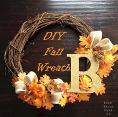 The fall or autumn is the sign of harvest season as it is also a sign of transition before the winter. Decorating the porch with a unique fall wreath will give… Fall Wreath Tutorial, Diy Fall Wreath, Autumn Wreaths, Wreath Ideas, Porch Accessories, Autumn Decorating, Front Door Decor, Fall Home Decor, Fall Halloween