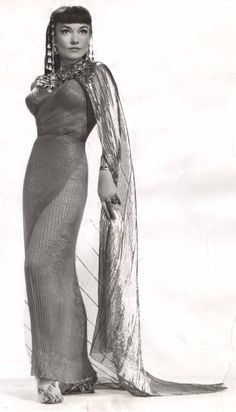 Anne Baxter as Nefretiri Ten Commandments