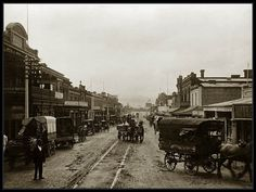 Rundle Street, Adelaide, South Australia 1903 - Horse drawn vehicles line Rundle Street, Adelaide. Looking East toward Kent Town from the Exeter Hotel (left), 31 August 1903.