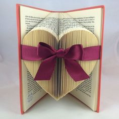 Folded heart - book art ❤️: