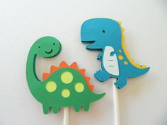 24 Dinosaur Cupcake Toppers, Cupcake Toppers, Dinosaur Cupcake Toppers by 2muchpaper on Etsy https://www.etsy.com/listing/173577326/24-dinosaur-cupcake-toppers-cupcake