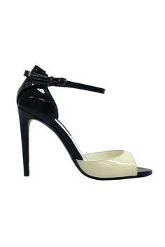 Ralph Lauren Resort 2014 [Courtesy Photo] Loafer Shoes, Shoes Heels, High Heels, Fashion Shoes, Fashion Accessories, Women's Fashion, Tango Shoes, Shoes 2014, Beautiful Sandals