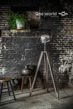 One World interiors - Tripod lamp - Picture: Paulina Arcklin